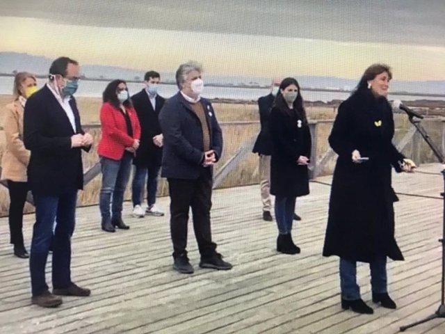 La candidata de Junts a las elecciones catalanas, Laura Borràs, con el cabeza de lista por Tarragona, Albert Batet, el conseller Damià Calvet y el exconseller Josep Rull