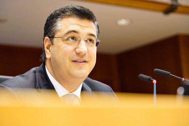 El presidente del Comité de las Regiones de la UE, Apostolos Tzitzikostas, durante la 139ª sesión plenaria del Comité Europeo de las Regiones celebrada en Bruselas, (Bélgica), a 30 de junio de 2020.