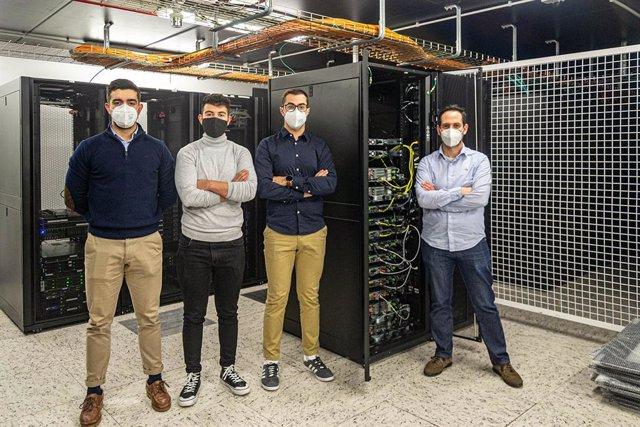 Investigadores de la Universidade de Vigo que participan en las pruebas piloto de la Network Slicing 5G en el centro universitario