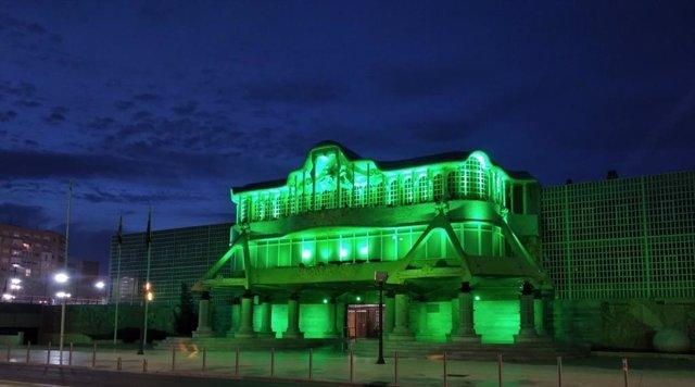 La Asamblea Regional se tiñe de verde con motivo del Día Mundial contra el Cáncer