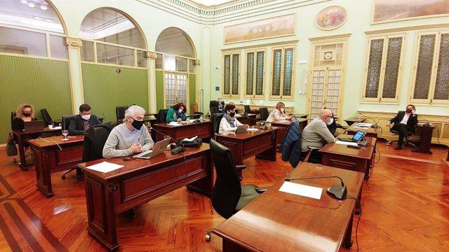 Comisión de Medio Ambiente y Ordenación Territorial del Parlament.