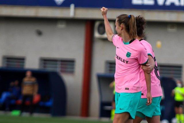 Caroline Graham Hansen celebra el 0-1 en el Levante-FC Barcelona de la Primera Iberdrola 2020-2021