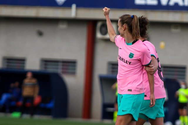Caroline Graham of FC Barcelona celebrates a goal during the Spanish League, Primera Iberdrola women football match played between Levante UD Vs FC Barcelona at Ciudad de Levante Stadium on Februari 3, 2021, in Valencia, Spain.