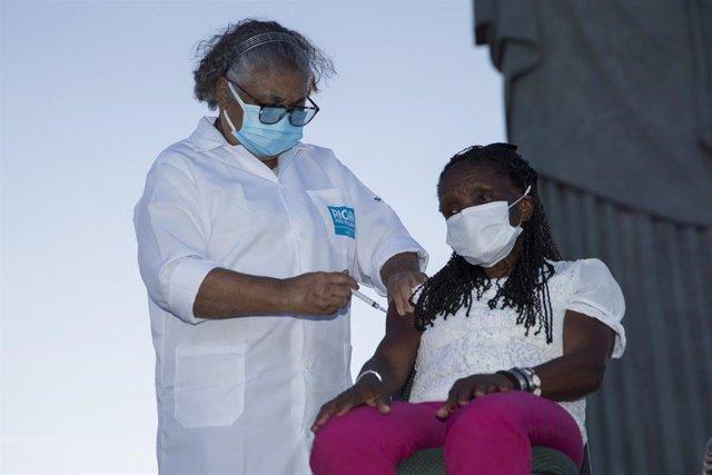 Campaña de vacunación contra el coronavirus en Brasil.