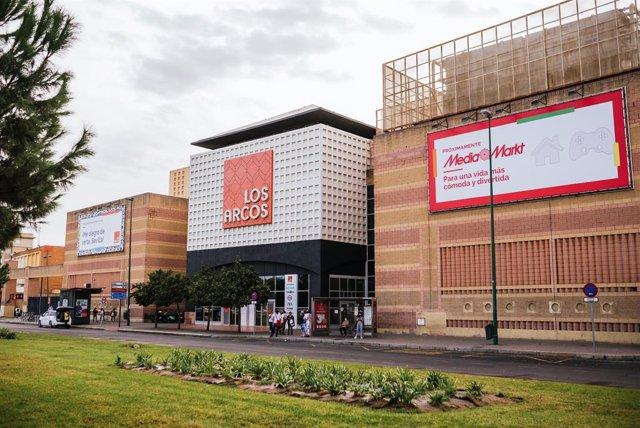 Los Arcos ha acometido a lo largo de 2020 un total de 16 actuaciones de mejora en su superficie y durante el primer trimestre de este año se llevará a cabo tanto la apertura de 'Espaço casa' como la de Media Markt.