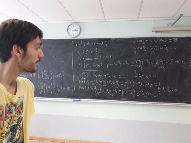 Néstor Blázquer, estudiante beneficiario de las becas de Fundación Universia.
