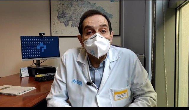 El director de Asistencia Hospitalaria del Servicio Riojano de Salud, Javier Pinilla, analiza la situación en el hospital