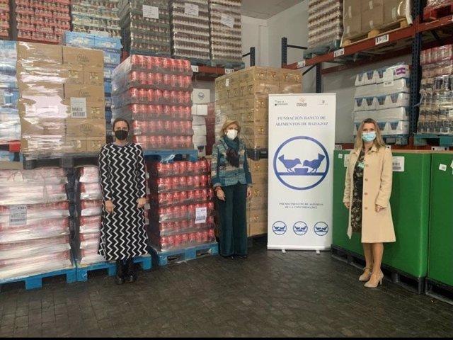 Mercadona dona 6.600 kilos de víveres al Banco de Alimentos de Badajoz