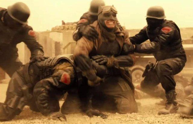 Imágen inédita del Batman Knightmare de Ben Affleck en Liga de la Justicia de Zack Snyder
