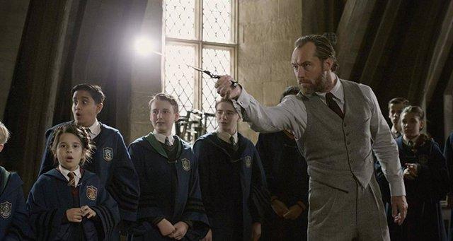 El Universo mágico de Harry Potter ha vuelto a los cines con el estreno de Animales Fantásticos: Los crímenes de Grindelwald, la segunda entrega de las aventuras del magizoólogo Newt Scarmander