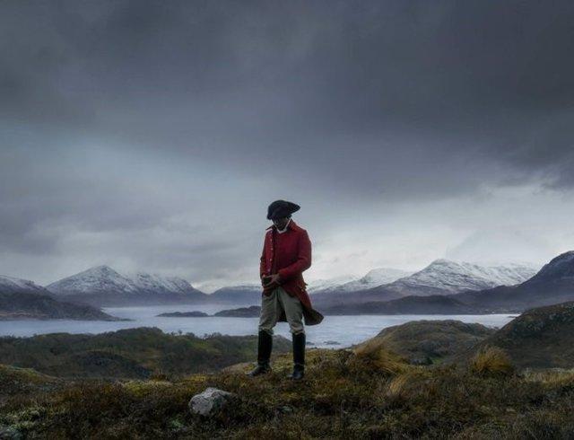 Imagen de la videoinstalación 'Vertigo Sea' del artista John Akomfrah