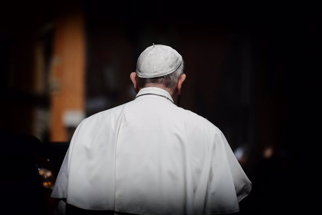 19 April 2020, Italy, Rome: Pope Francis leaves after leading a Mass and the Regina Coeli prayer in Santo Spirito in Sassia church without public participation due to the outbreak of the coronavirus. Photo: Evandro Inetti/ZUMA Wire/dpa