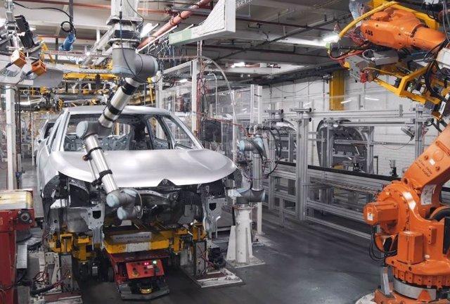 Producción del nuevo Citroën C4 en Madrid.