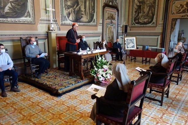 El cardenal arzobispo Juan José Omella en la conclusión de la investigación del posible milagro