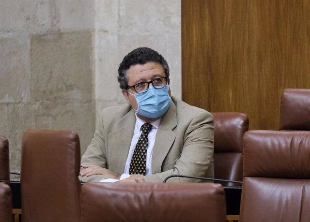El que fuera presidente del grupo parlamentario de Vox en Andalucía, Francisco Serrano, en una foto de archivo.
