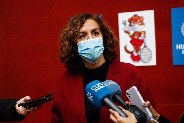 La presidenta del CSD, Irene Lozano, en la presentación del Mundial de bádminton de Huelva de  2021 en la sede del CSD.