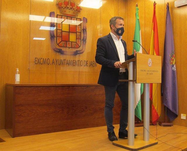 El alcalde de Jaén, Julio Millán.