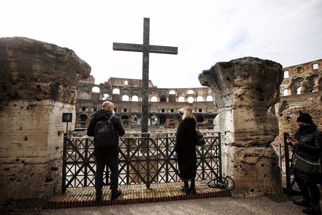 01 February 2021, Italy, Rome: Visitors walk in the Colosseum, which reopened to the public today 1 February 2021 after a closure of almost three months, as Italy relaxed its coronavirus (Covid-19) restrictions. Photo: Cecilia Fabiano/LaPresse via ZUMA Pr