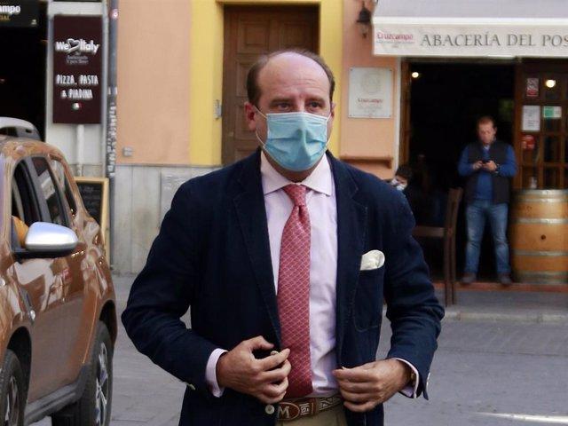 Joaquín Moeckel ha respondido tras la nueva negativa de Isabel Pantoja a devolver los enseres de Paquirri