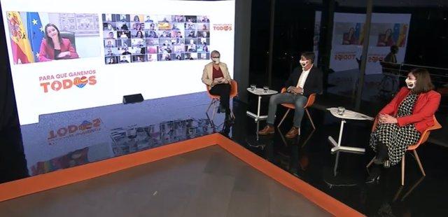 La líder de Cs, Inés Arrimadas, en el encuentro telemático de la formación del jueves 4 de febrero de 2021, junto con la número 2, Anna Grau, el vicepresidente de Andalucía, Juan Marín, y la concejal en Barcelona, Luz Guilarte.