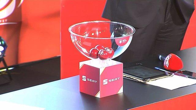 Bolas del sorteo de las semifinales de La Copa del Rey 2019.