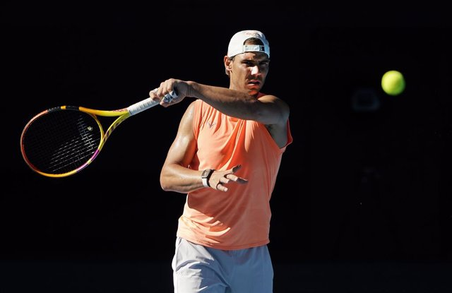Rafael Nadal of Spain  returns during an Australian Open practice session at Melbourne Park in Melbourne, Sunday, January 31, 2021.  (AAP Image/Dave Hunt) NO ARCHIVING