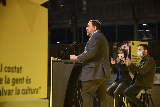 El líder d'ERC i ex-vicepresident del Govern, Oriol Junqueras intervé en un míting electoral d'ERC al Pavelló dels Magraners. Lleida, Catalunya (Espanya), 4 de febrer del 2021.