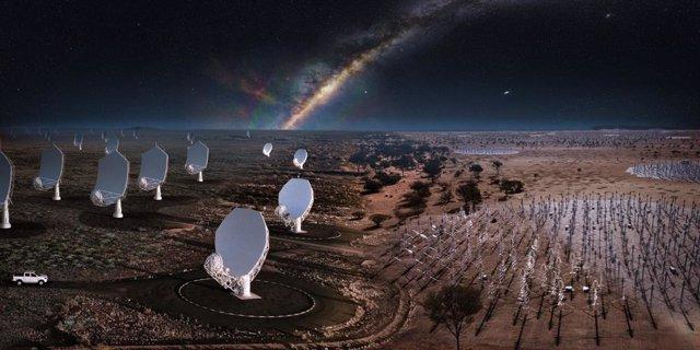 Imagen compuesta nocturna del SKA que combina todos los elementos de Sudáfrica y Australia.