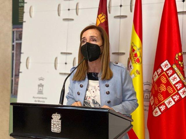 La concejala de Educación, Belén López, en rueda de prensa