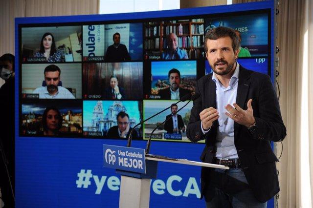 El president del PP, Pablo Casado, intervé durant un acte de campanya amb alcaldes a Badalona. Catalunya (Espanya), 31 de gener del 2021.