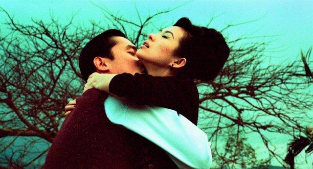 ¿En Qué Cines Se Reestrena 2046, La Sucesora Espiritual De Deseando Amar Y Obra Maestra De Wong Kar Wai?