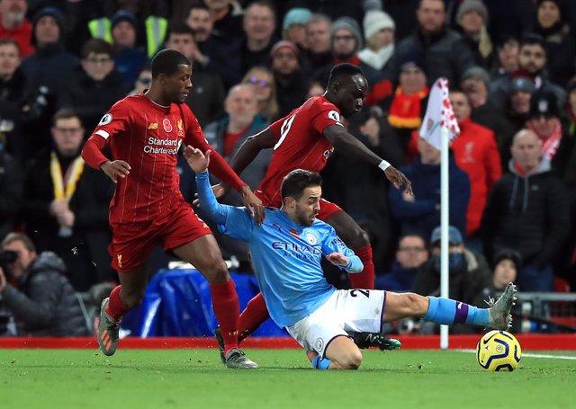 Bernando Silva en un Liverpool - Manchester City