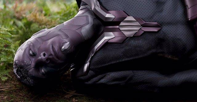 Visión muerto en Vengadores: Infinity War