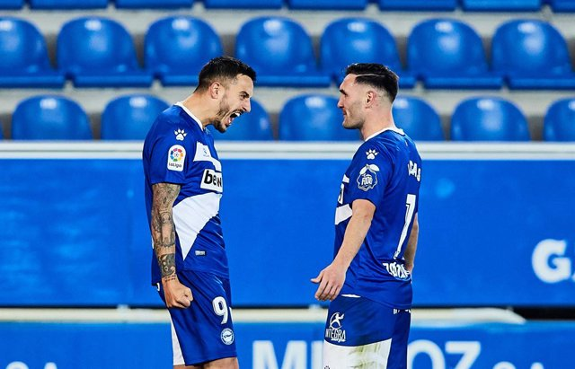 Joselu of Deportivo Alaves celebrating his goal during the Spanish league, La Liga Santander, football match played between Deportivo Alaves and Real Valladolid CF at Mendizorroza stadium on February 5, 2021 in Vitoria, Spain.