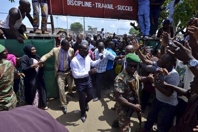 El candidato presidencial Patrice Talon, en un centro electoral en marzo de 2016
