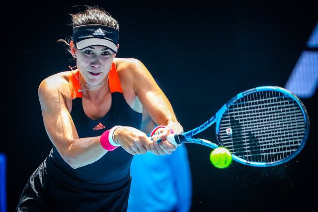 06 February 2021, Australia, Melbourne: Spanish tennis player Garbine Muguruza in action against Czech Marketa Vondrousova during their women's singles quarter finals tennis match of the Yarra Valley Classic tournament at Melbourne Park. Photo: Patrick Ha