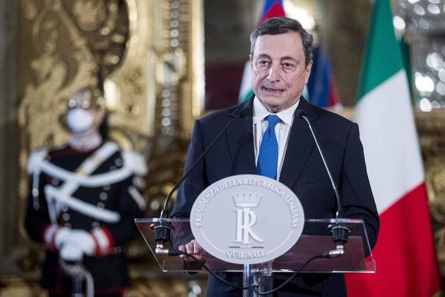 03 February 2021, Italy, Rome: Former President of the European Central Bank Mario Draghi delivers a Statement after a meeting with Italian President Sergio Mattarella at the Quirinal Palace for consultations to form a new government following the resigna