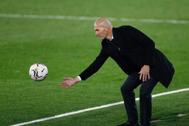Zinedine Zidane, head coach of Real Madrid, in action during the spanish league, La Liga Santander, football match played between Real Madrid and Deportivo Alaves at Alfredo Di Stefano stadium on november 28, 2020, in Valdebebas, Madrid, Spain