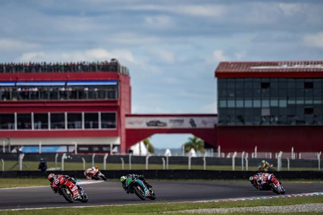 04 DOVIZIOSO Andrea (Ita) Ducati Team, Ducati, action, 46 ROSSI Valentino (Ita) Yamaha Factory Racing, Yamaha, action during Moto GP Argentine motorcycle Grand Prix 2019 at the Autódromo Termas de Río Hondo from March 29 to 31, 2019 at, 2019 in Qatar - Ph