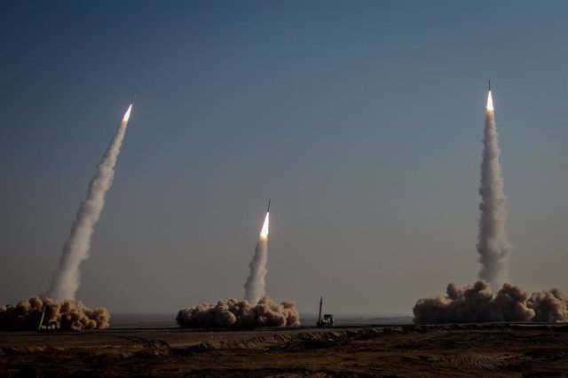 HANDOUT - 15 January 2021, Iran, ---: A picture made available on 16 January 2021 shows Iranian long range missiles launching during a military drill held as part of the 15th Great Prophet manoeuvrers at an undisclosed location in Iran's Great Salt Desert