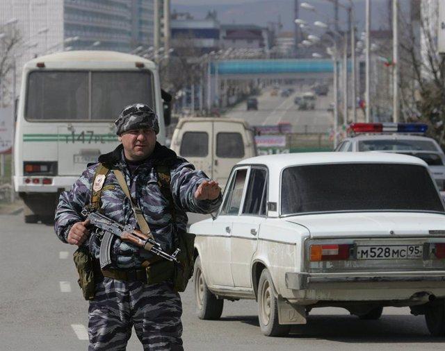 Policía en Grozni, Chechenia, Rusia