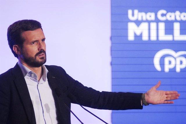 El presidente del PP, Pablo Casado, en el acto central de campaña de las elecciones catalanas del 14F, en L'Hospitalet de Llobregat (Barcelona)