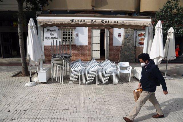 Bar cerrado en Málaga por las restricciones Covid