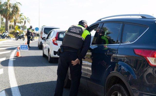 Policía Local de Nerja actuaciones por incumplimiento de medidas ante la crisis sanitaria