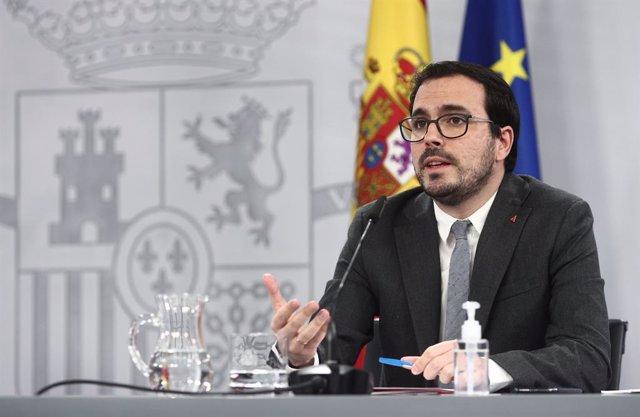 El ministre de Consum, Alberto Garzón, intervé durant una roda de premsa convocada davant els mitjans posterior al Consell de Ministres, a Madrid, a 19 de gener de 2021.