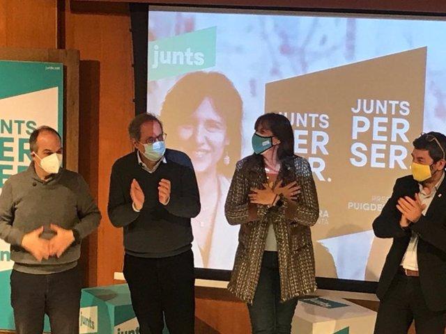 L'exconseller Jordi Turull, l'expresident Quim Torra, la candidata de Junts a les eleccions, Laura Borràs, i el número tres de la llista, Joan Canadell