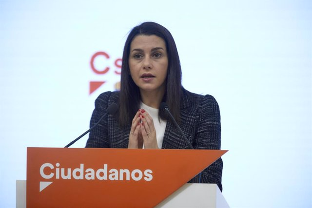 La presidenta de Cs, Inés Arrimadas, durant una conferència de premsa a la seu del partit a Madrid.