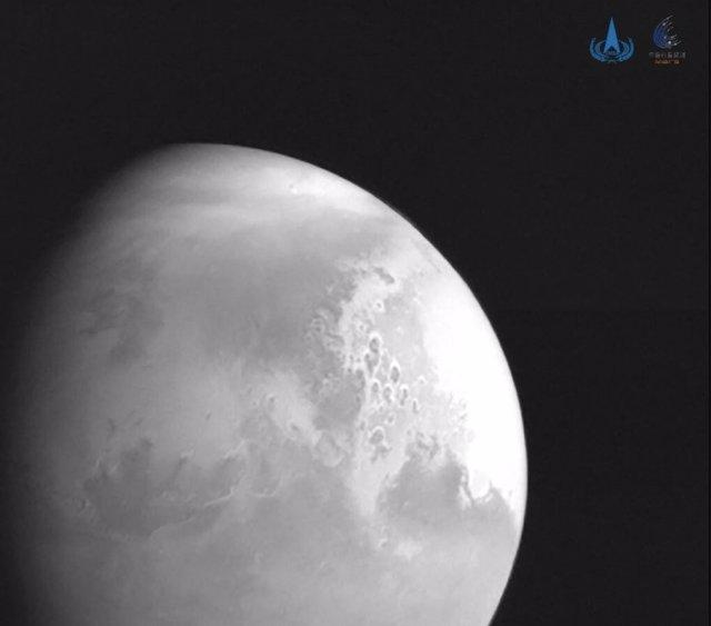 Foto de Marte enviada por la sonda china Tianwen 1