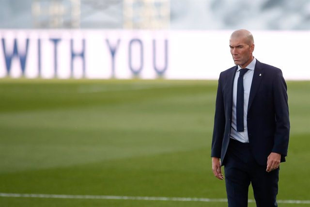 Zinedine Zidane, head coach of Real Madrid, looks on during the spanish league, La Liga Santander, football match played between Real Madrid and Cadiz CF at Alfredo Di Stegfano stadium on October 17, 2020 in Madrid, Spain.