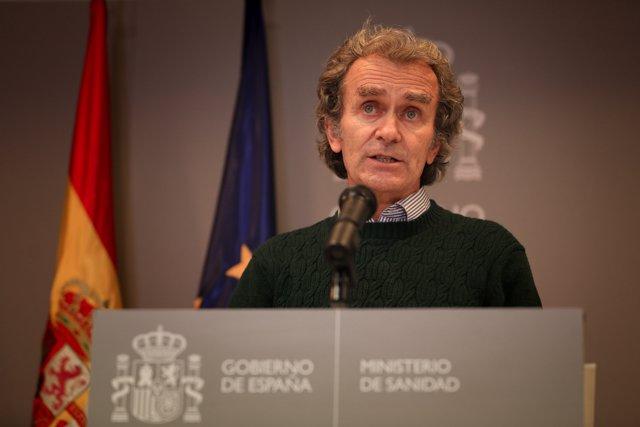 El director del Centro de Coordinación de Alertas y Emergencias Sanitarias (CCAES), Fernando Simón durante la rueda de prensa